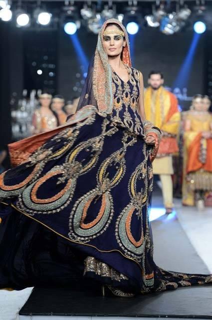 Best Bridal Dresses For Pakistani Brides 0012