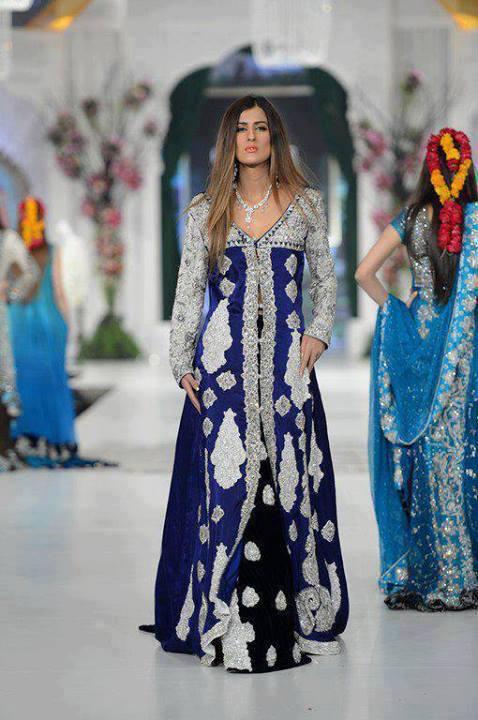 Best Bridal Dresses For Pakistani Brides -019