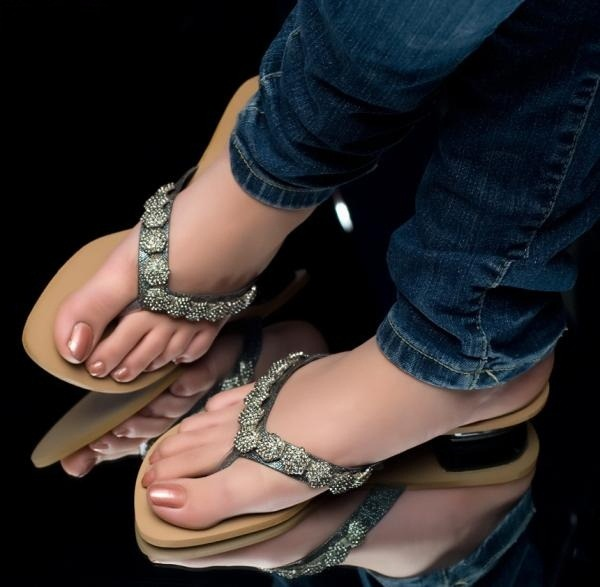 Latest Sandals Trends 2013 For Women 0012 Life N Fashion