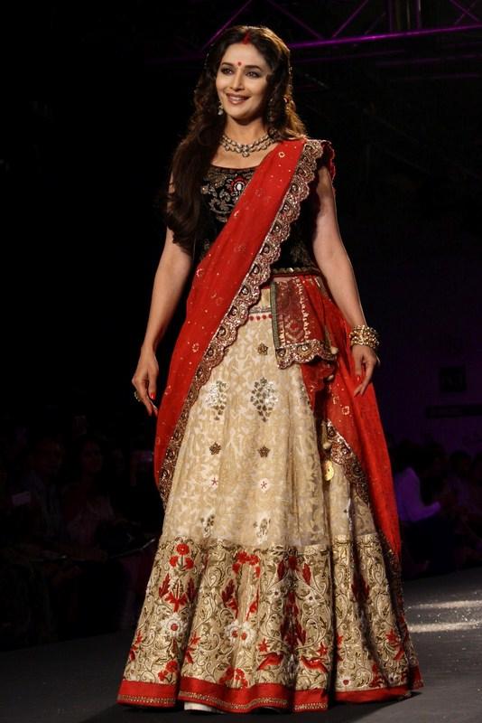 Manish Malhotra Wedding Dresses 2013 Life N Fashion