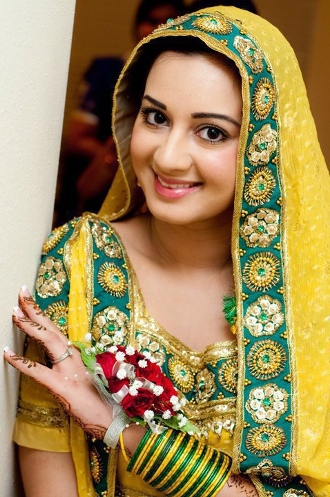 Mayon Dresses 2013 For Pakistani Brides 0011 Life N Fashion