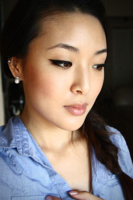Main Makeup Brushes You Need: Main And Important Tips For Doing Asian Makeup 007