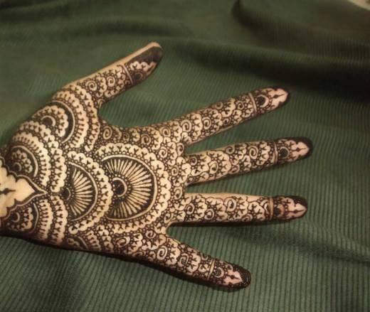 Simple Mehndi Designs For Girls 004 Life N Fashion