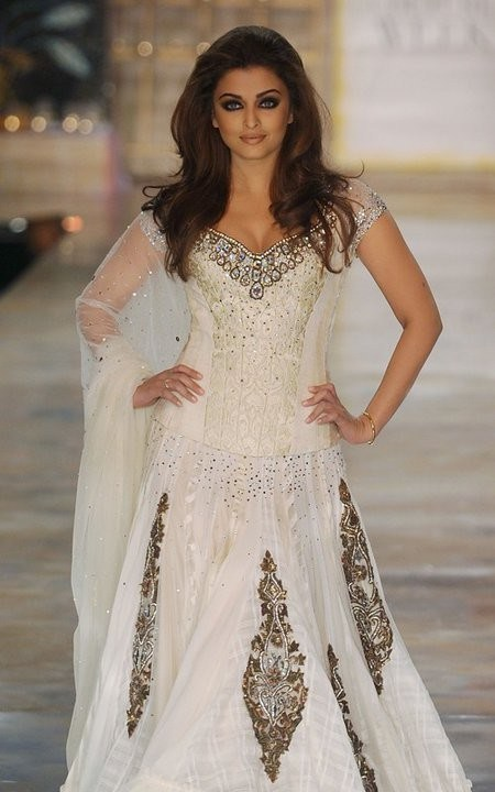 Trends Of Indian Wedding Dresses 2014 011