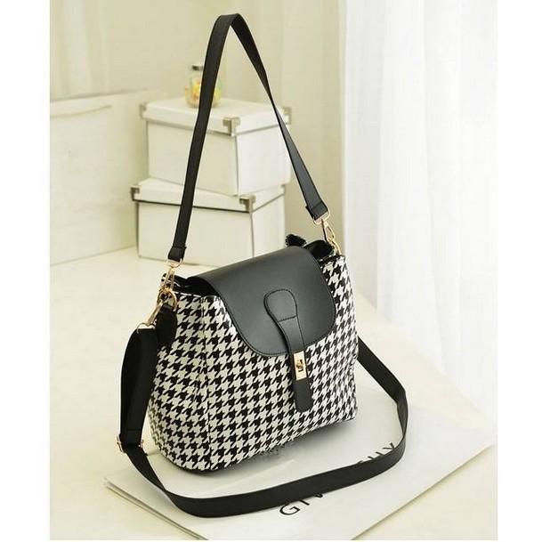 Latest Fashion Of Handbags For Girls 2014 10 Life N Fashion