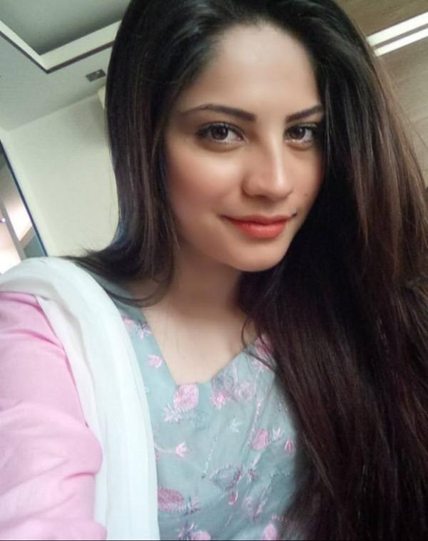 Top Pakistani Model Neelam Muneer 1 Life N Fashion