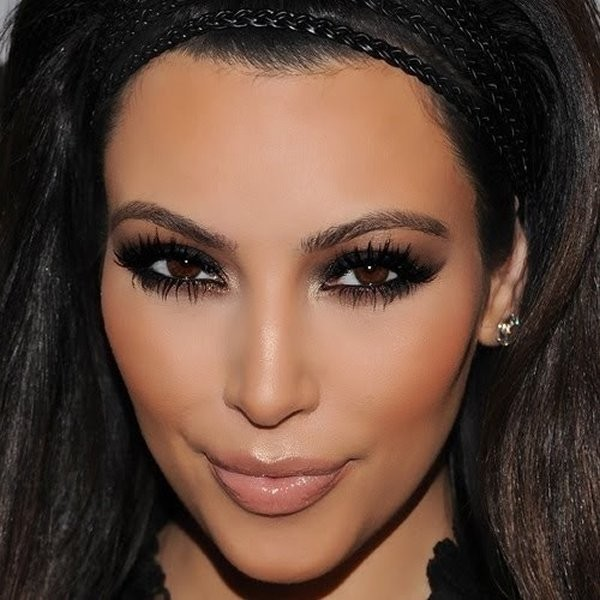 Best Tips To Apply Smokey Eye Makeup 1