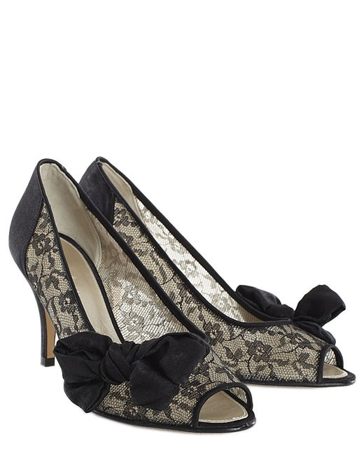 How To Choose Beautiful Black Wedding Shoes 002