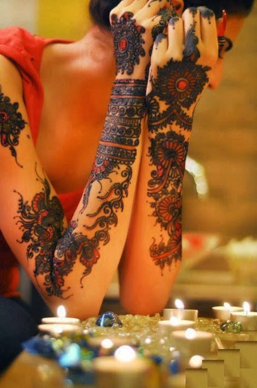 Beautiful Bridal Mehndi Designs For Hands 2014 9