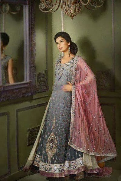 Engagement Dresses Trends 2014 In Pakistan 008 Life N