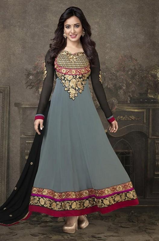 New Trends Of Anarkali Dresses For Wedding 2014 1