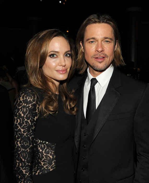 Brad Pitt And Angelina Jolie Tie The Knot 004