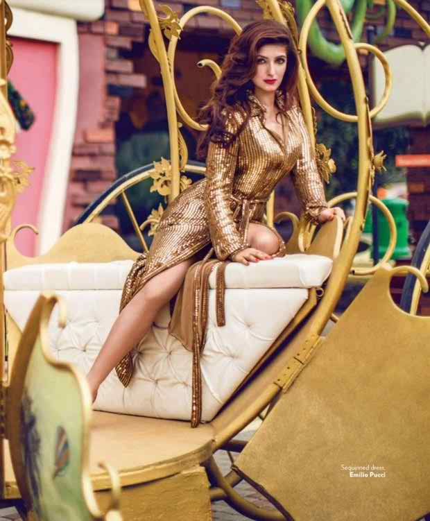 Latest Photo Shoot Of Twinkle Khanna For Vogue Magazine 006