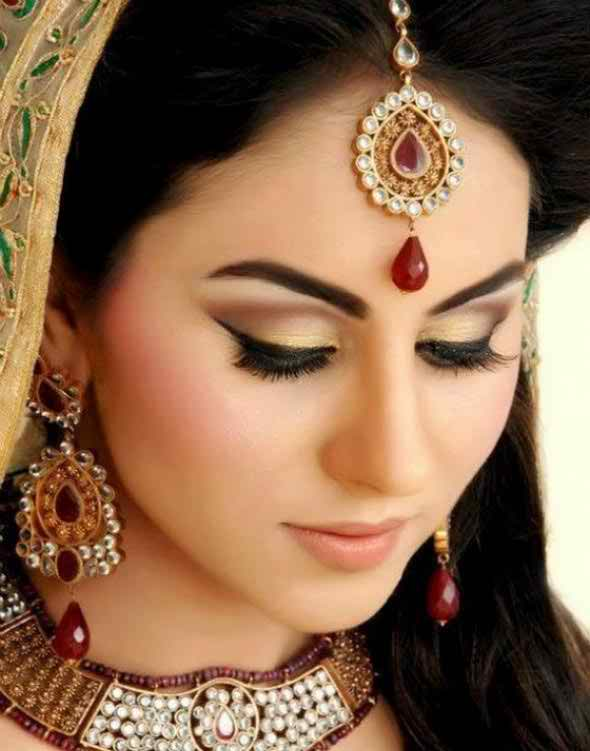 Latest Trends Of Makeup Ideas 2014 For Asian Brides009